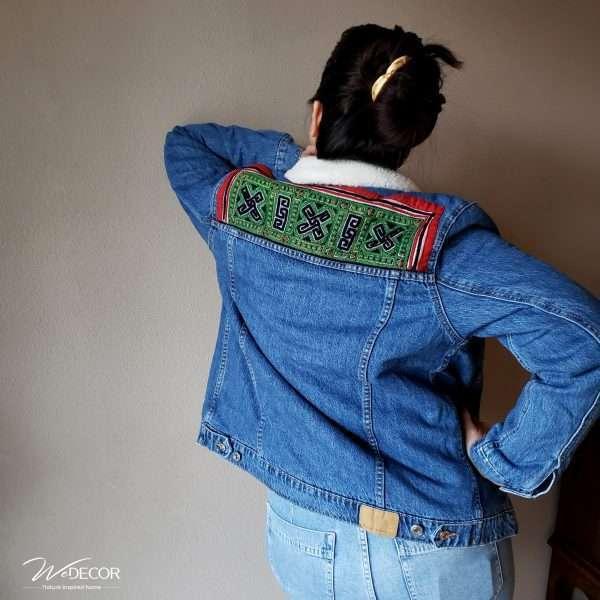 Jeans jacket Collar-1 met borduurwerk van de Hmong